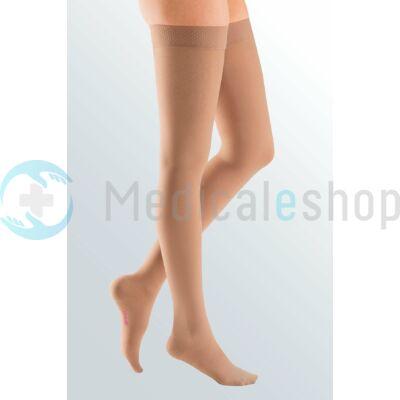 Mediven Elegance AG II. kompressziós combtőig érő harisnya csipkés sand színű zárt
